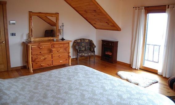 North country retreats hadley house luxury adirondack for The master bedroom tessa hadley